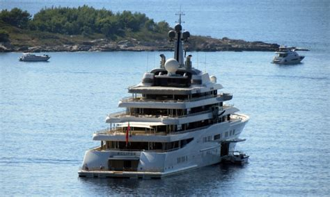 Roman Abramovich clearly loves Dubrovnik as he is back