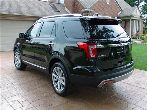 2017 Ford Explorer Limited w/ only 5,612 Miles - Loaded