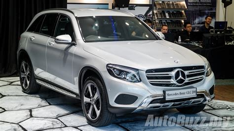 Mercedes-Benz GLC earns top safety award by IIHS - AutoBuzz