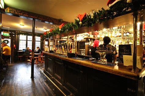The Lamb & Flag review: A busy Covent Garden pub steeped